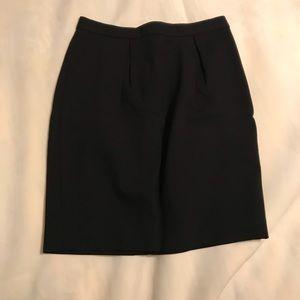 Banana Republic black pleated mini skirt size 4